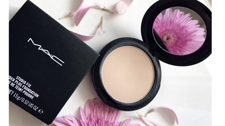 پنکک استودیو فیکس مک | mac studio fix powder plus foundation